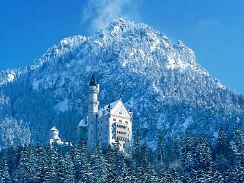 Most Iconic Building-neuschwanstein-castle-bayern-land-germany.jpg