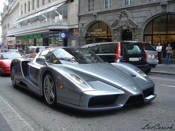 Photos of Autos/Buildings-ferrari_enzo_1600.jpg