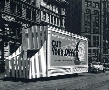 Photos of Autos/Buildings-thirties20.jpg