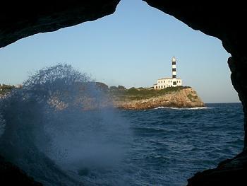 Name the World's Skylines-porto-colom-hohle-u-leuchtturm.jpg