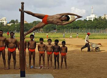 Pole Dancing-att00018_.jpg