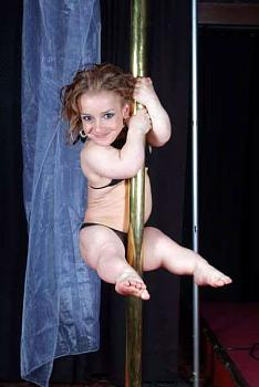 Pole Dancing-midget-pole-dancer.jpg