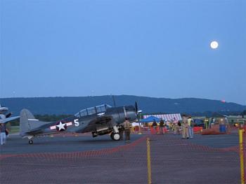 Reno Air Races-readingnightlarge.jpg