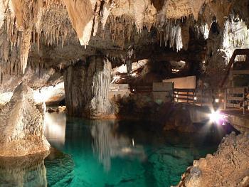 Crystal Cave-p1040093.jpg