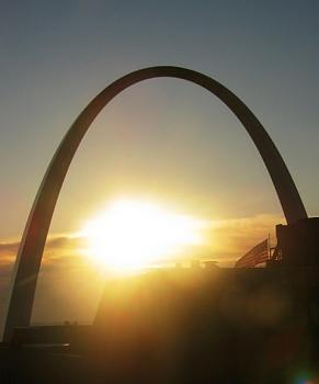 Flag Day -- St. Louis style-arch-029bsmall.jpg
