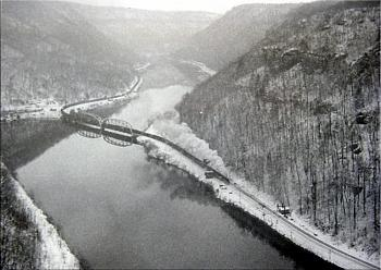 """Do you know how """"railroads"""" are built...this is amazing-wvit-montgomery-trains-hawks-nest-etc-013-copy.jpg"""