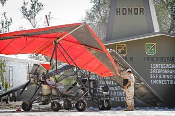 Ultralight aircraft now ferrying drugs-61700327.jpg