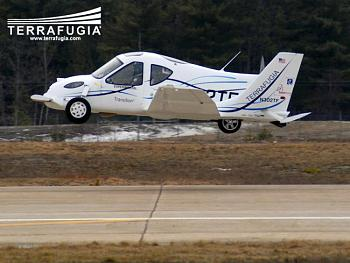 Terrafugia-terrafugia_takeoff.jpg