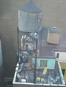 Water tower-newyorkcitywatertower.jpg