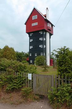 Water tower-tm468598.jpg