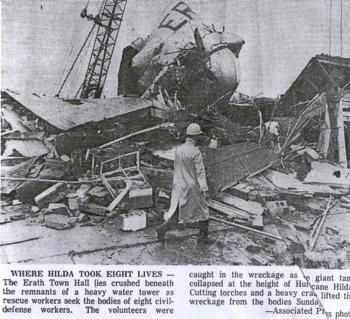 Water tower-1964-water-tower-crash.jpg