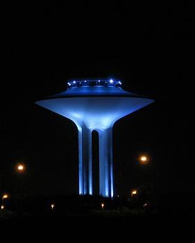 Water tower-hyllie_vattentorn-_p-_natten.jpg