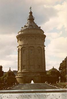 Water tower-mannheim-water-tower-der-wasserturm.jpg
