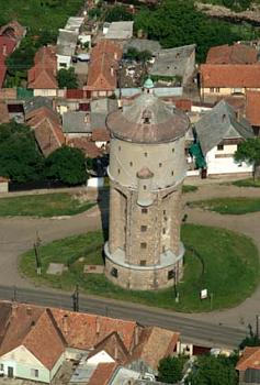 Water tower-v-ztorony_-_gy-ngy-s.jpg