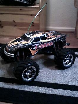 hey anyone into R/C I have a few-0103011916.jpg