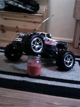 hey anyone into R/C I have a few-0103011918.jpg