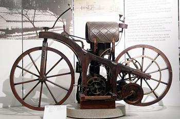 bikes-zweiradmuseumnsu_reitwagen.jpg