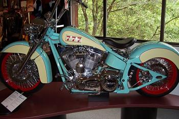 bikes-ama-museum-sm.jpg