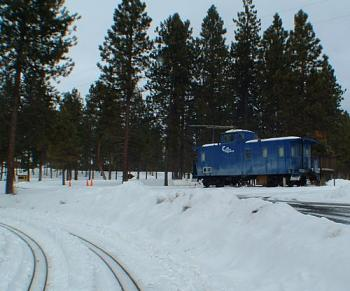 Transportation-blue_caboose.jpg