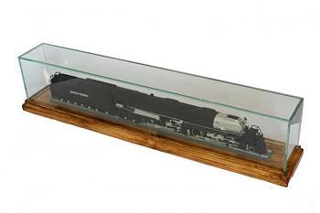 Transportation-glass-wooden-display-case-1.jpg