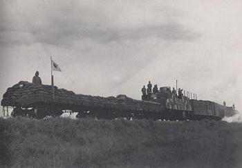 Rail wars-japanese_armoured_train_sm.jpg