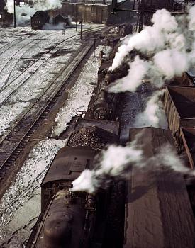 Rail wars-40th-street-yard-1942sm.jpg