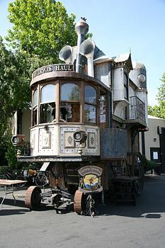 Steampunk Vehicles-house11.jpg