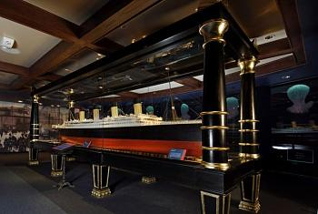 """How about """"Cruise Ships """"--""""Oasis of the Seas"""" --World's Largest Cruise Ship!-tit013_model_hires.jpg"""