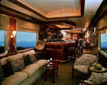 Amtrak railroad travel.-lounge_car1.sized.jpg