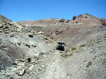 Please give me one good reason to visit Utah-guy_canyon.jpg