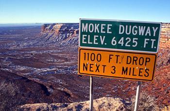 Please give me one good reason to visit Utah-overlook-into-valley-gods-utah.jpg