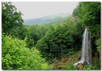 Please give me one good reason to visit Virginia-falling-spring-june-2006-1280.jpg