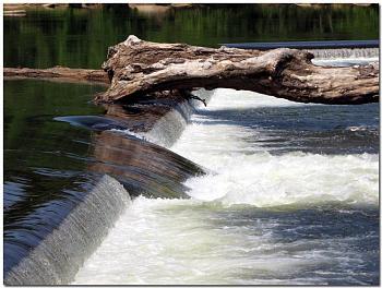 Please give me one good reason to visit Virginia-spillway-z-dam-upper-james-river-richmond-virginia.jpg
