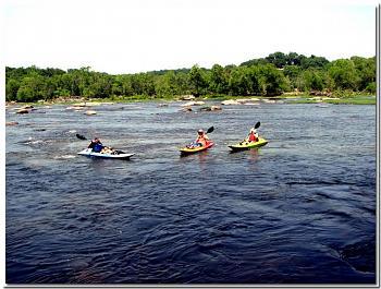 Please give me one good reason to visit Virginia-whitewater-%3D-rapids-below-z-dam..every-class-rapid-between-z-dam-14th-street-bridge-d.jpg