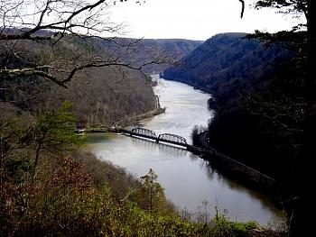 Please give me one good reason to visit West Virginia-new-river-gorge-fall-hawks-nest-state-park-ansted-wv.jpg%3D.jpg
