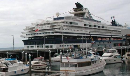 Alaskan Cruise Ship In Port Pier 66