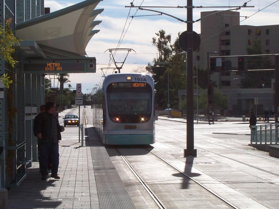 Phoenix Light Rail On Opening Day In Tempe 2008