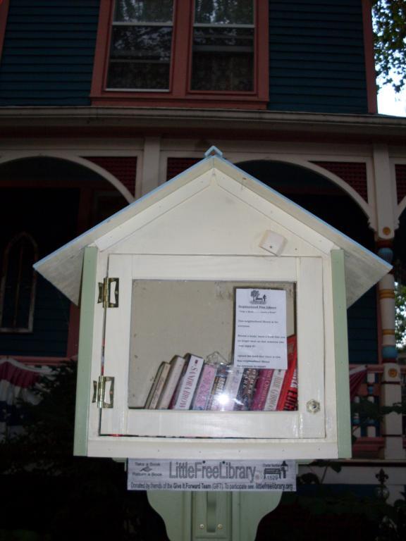 Cincinnati--Sayler Park--book exchange