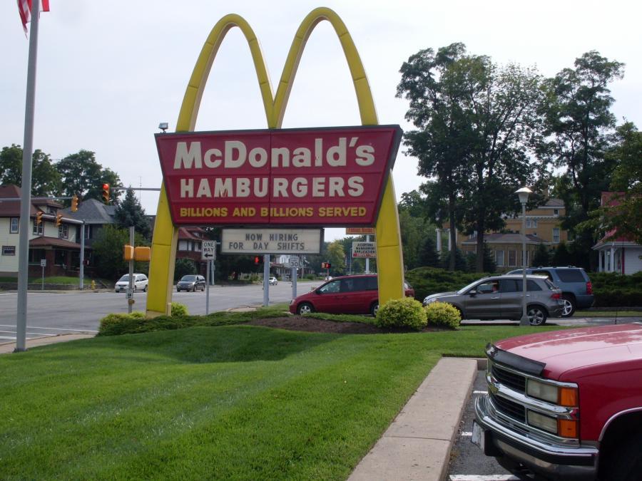 Indiana--Richmond--McDonald's sign