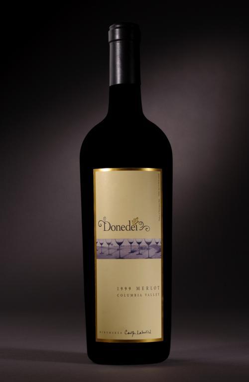 Donedei Bottle